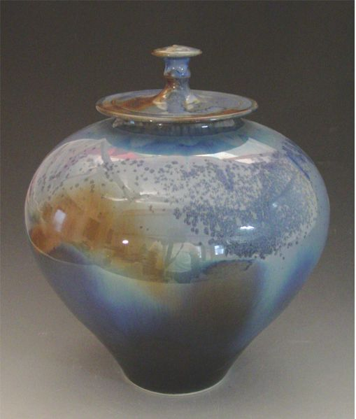 crystal lidded vessel
